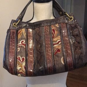 Relic satchel.  Great condition.  Approx 13 x 10